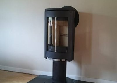 Jotul F373 Woodburner with D Shaped Hearth